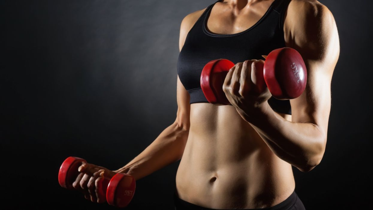 SPORTS girls-sexy-women-model-dumbbells-fitness-exercise-arm-belly wallpaper