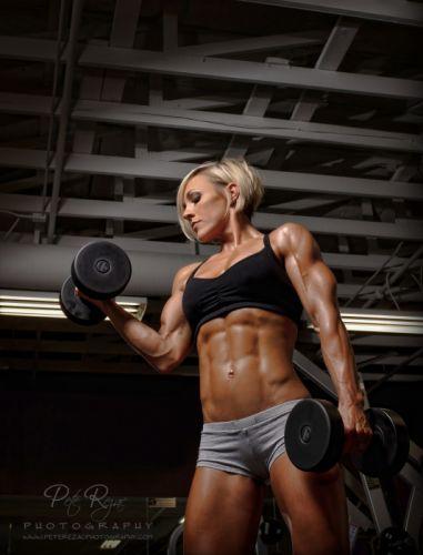 SPORTS girls-sexy-women-blonde-fitness-Jessie Hilgenberg-bodybuilder wallpaper