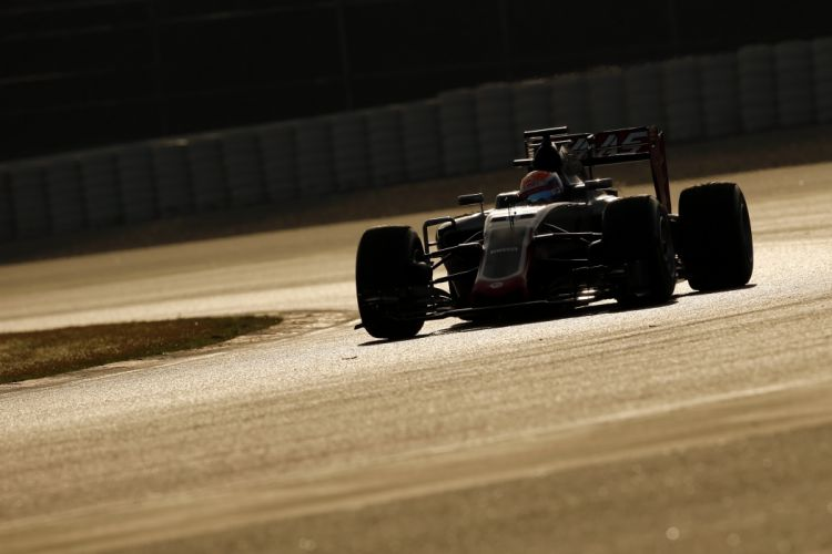 Haas VF-16 2016 Formula One wallpaper