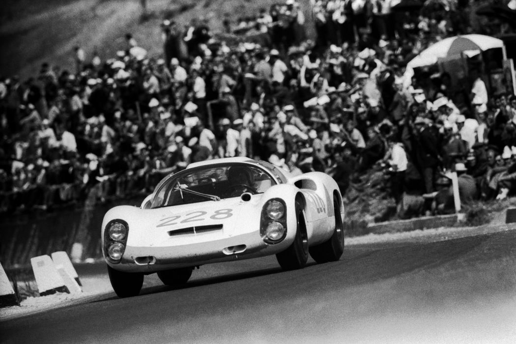 Porsche 910-8 Classic Race Car wallpaper