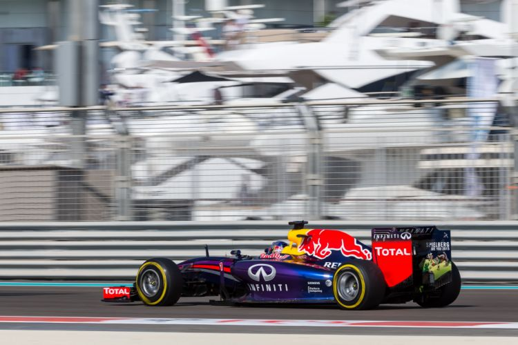 Red Bull RB10 2014 Formula One wallpaper