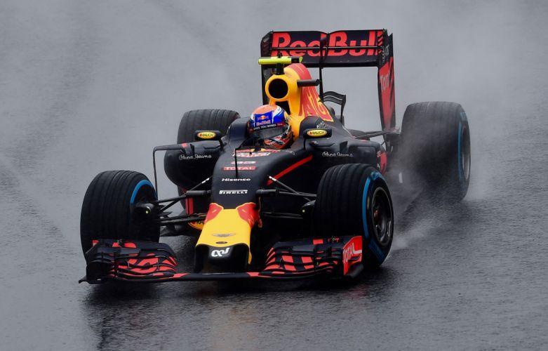 Red Bull RB12 2016 Formula One wallpaper