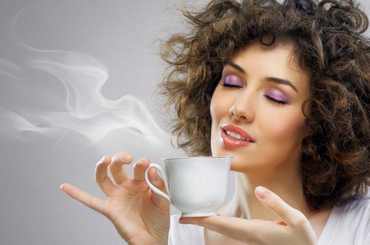 Photography girls-women-face-morning-hot-coffee-smoke wallpaper