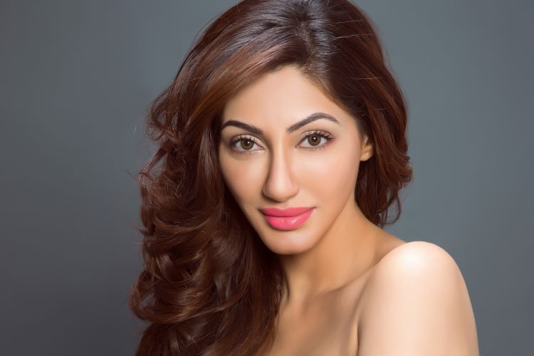 reyhna malhotra bollywood actress celebrity model girl beautiful brunette pretty cute beauty sexy hot pose face eyes hair lips smile figure indian wallpaper