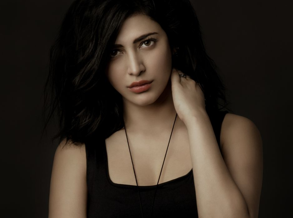 shruti hassan bollywood actress celebrity model girl beautiful brunette pretty cute beauty sexy hot pose face eyes hair lips smile figure indian wallpaper