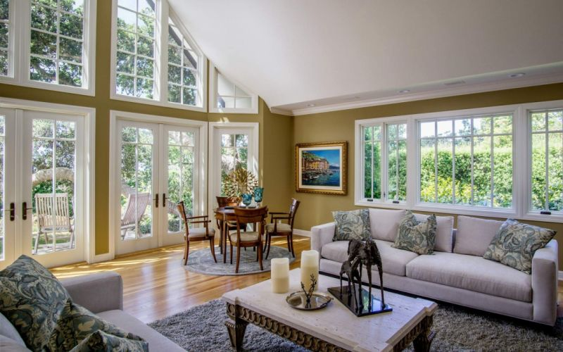 Living Room Sofas wallpaper