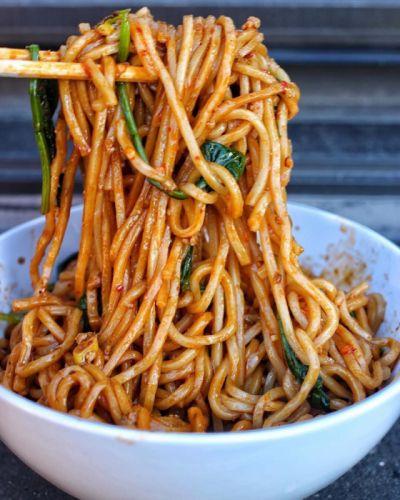 Eat spicy pasta sauce wallpaper