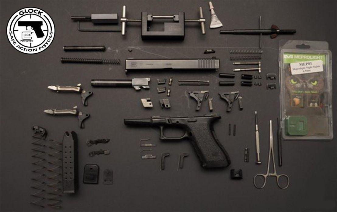 Glock 17 Fieldstripped wallpaper