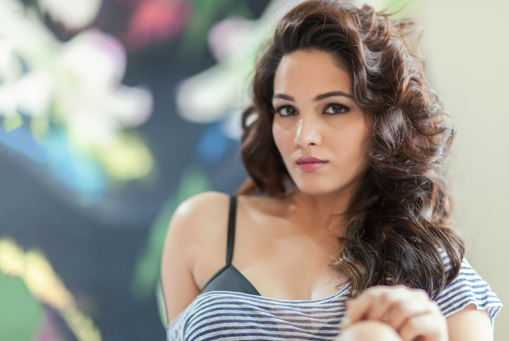 Kavya bollywood actress celebrity model girl beautiful brunette pretty cute beauty sexy hot pose face eyes hair lips smile figure indian wallpaper