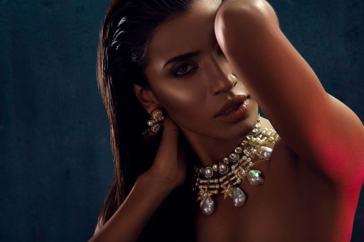 Priyanka Karunakaran bollywood actress celebrity model girl beautiful brunette pretty cute beauty sexy hot pose face eyes hair lips smile figure indian wallpaper