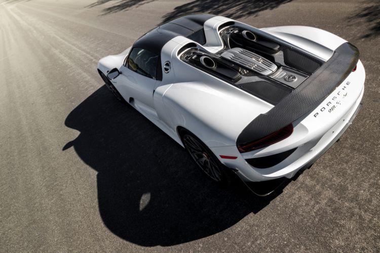 Porsche 918 Spyder Weissach Package wallpaper