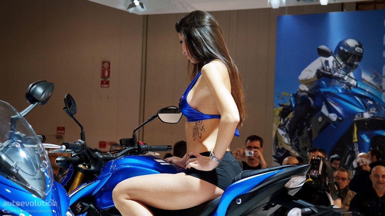 Women & Machines girls-women-sexy-sensual-model-motorcycle-suzuki-bike-show-photos-tattoo wallpaper
