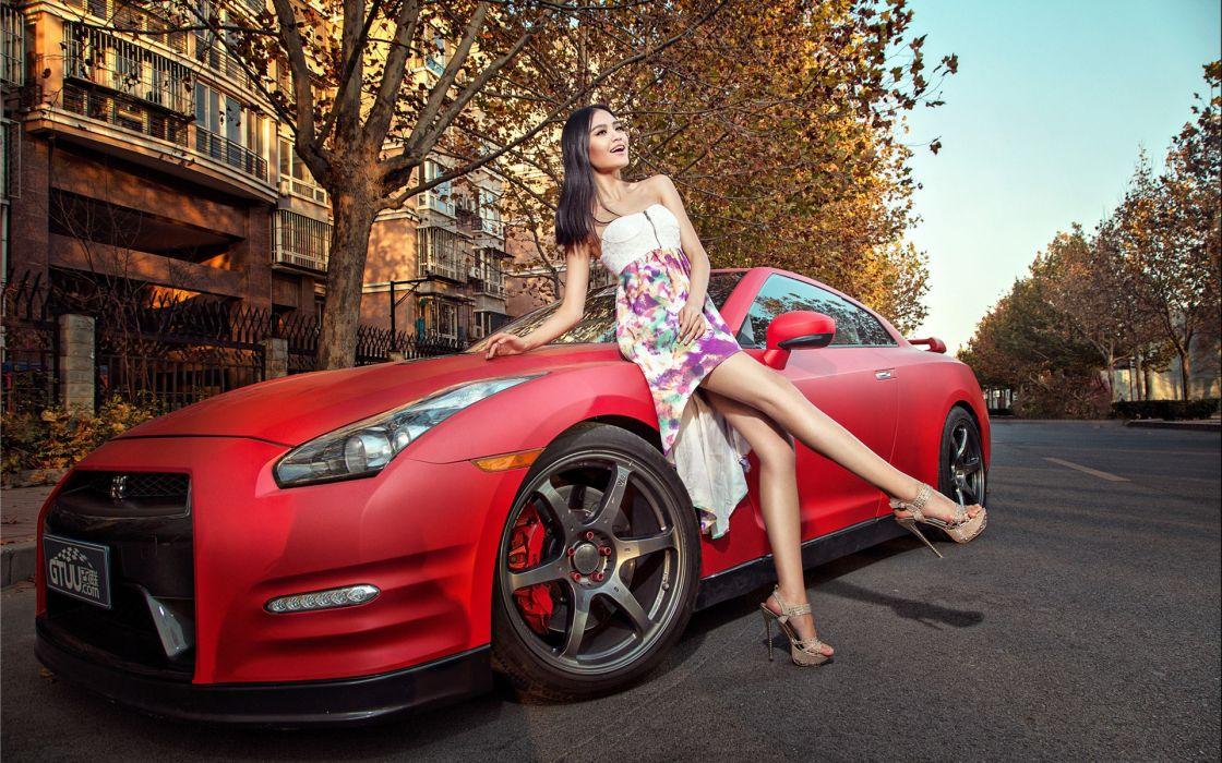 Women & Machines girls-women-sexy-sensual-model-car-nissan-gt wallpaper