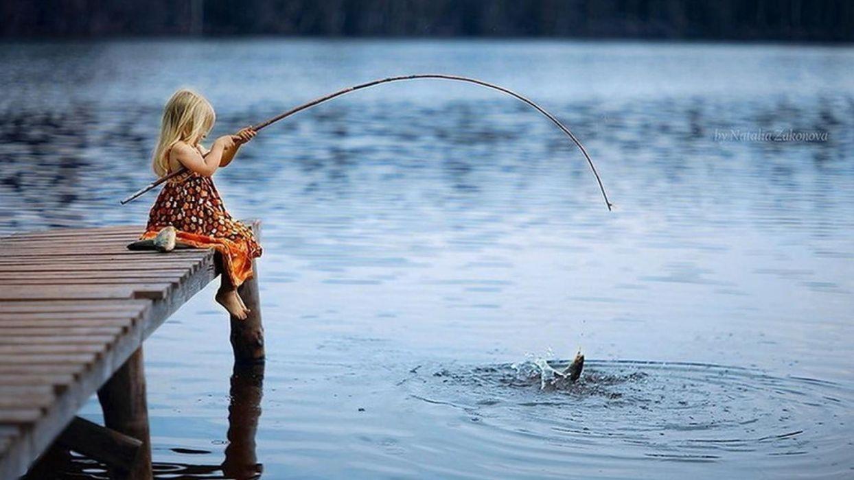 Photography fishing-little-girl-kids-rod-fish wallpaper