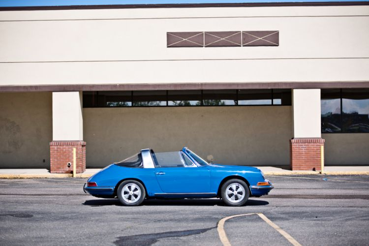 1967 Porsche 911S Soft Window Targa Coupe Classic Exotic Old BLue Germany -11 wallpaper