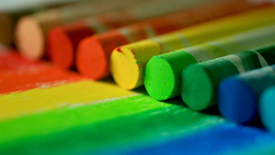 Arts chalk-crayons-multicolored-lines wallpaper