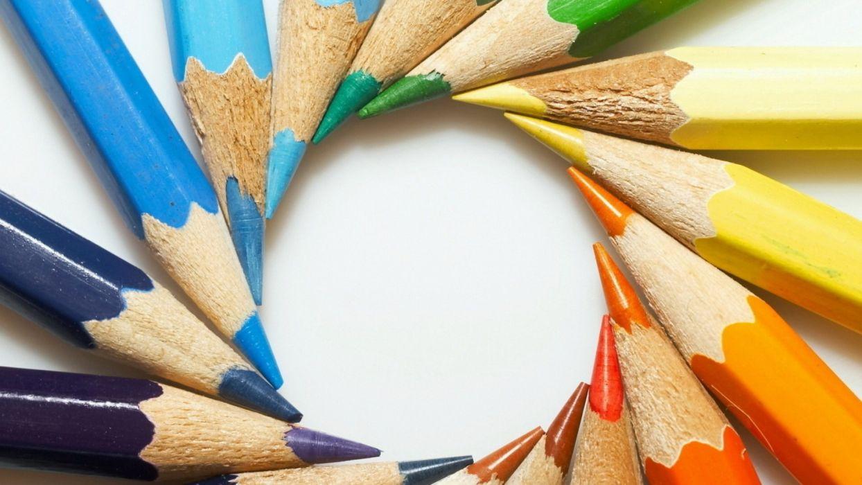 Arts crayons-colored-round-sharp wallpaper