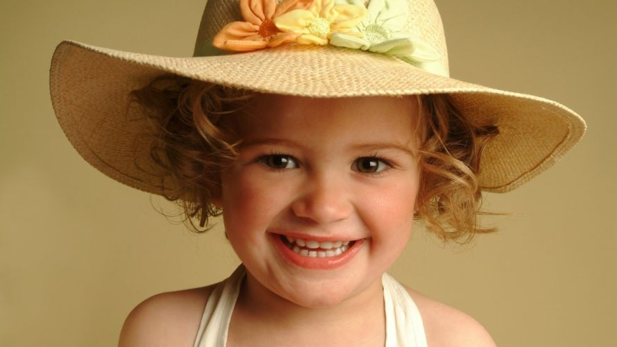 Face kid-girl-sexy-hat-baby-smile wallpaper