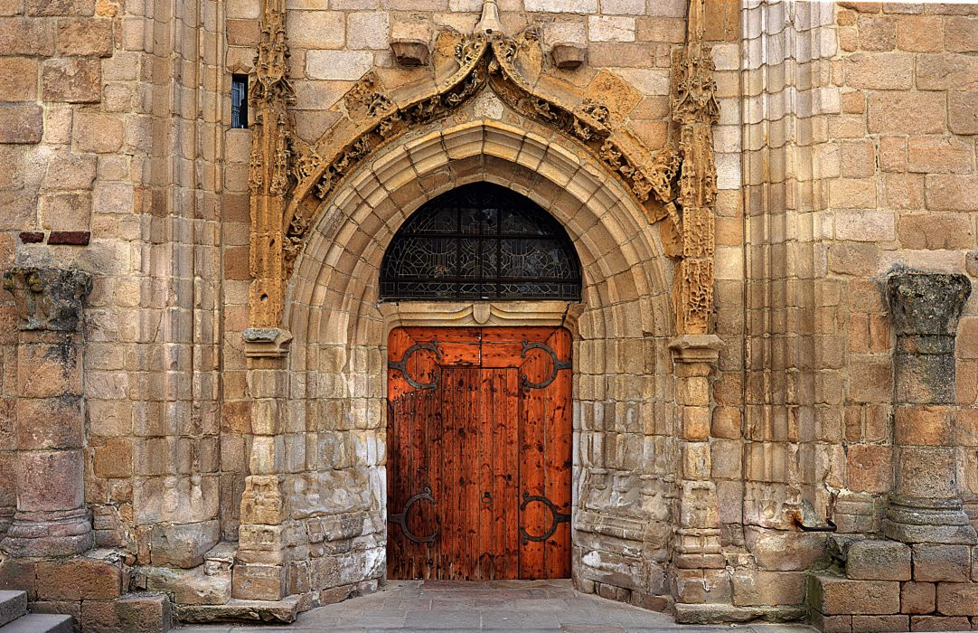 ancient antique arch architecture brick brick wall building church church door city door entrance exterior facade gate gothic historic old stones outdoors stone tourism wallpaper