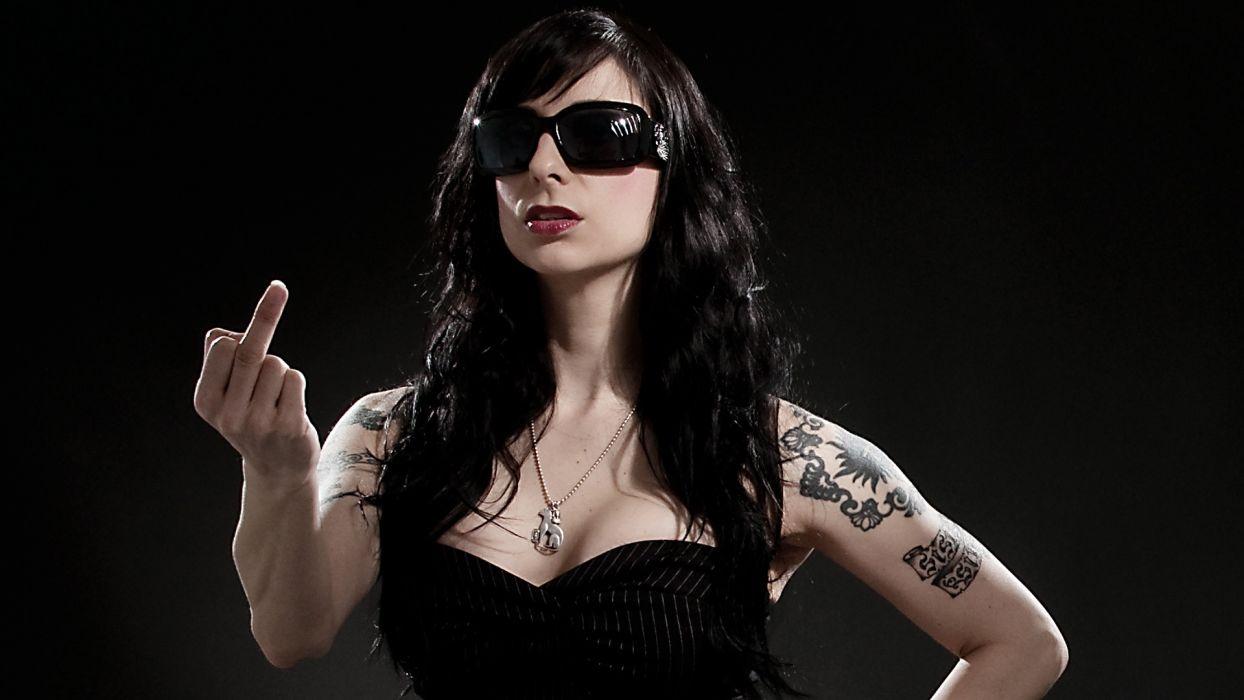 Girls woman-stile-sister-sin-fist-finger-tattoo wallpaper