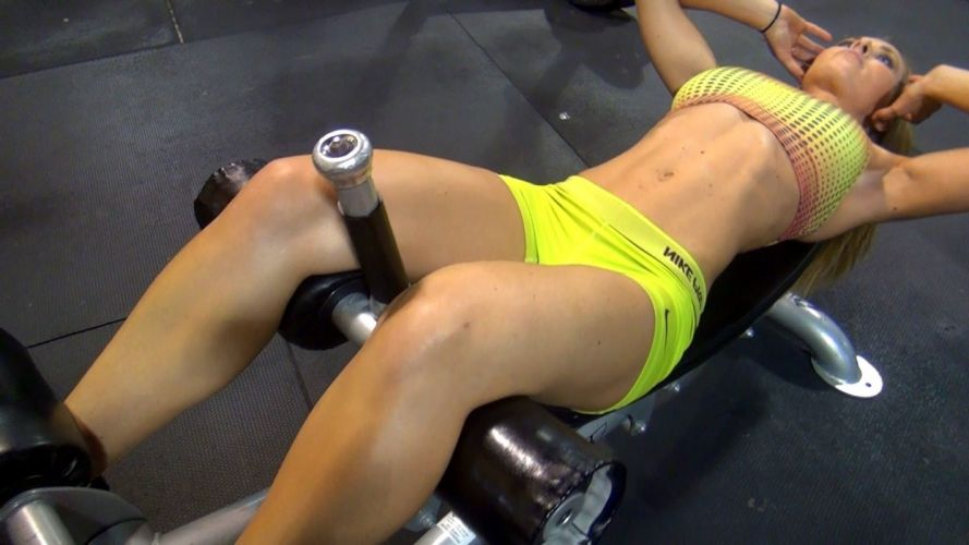Sport woman-girl-sexy-sensuality-sensual-fitness-gym-workout-legs-belly-tummy-navel wallpaper