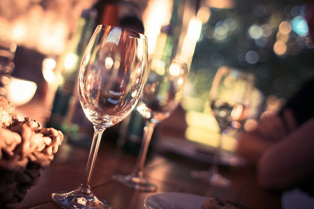 blur bokeh close-up dining drink glass glasses indoors party pub restaurant table wine glass wallpaper