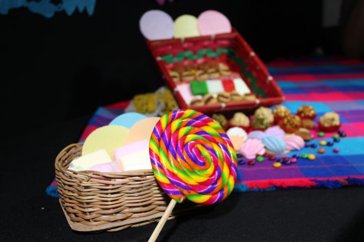 candies candy colorful colourful confectionery lolipop sweets wallpaper