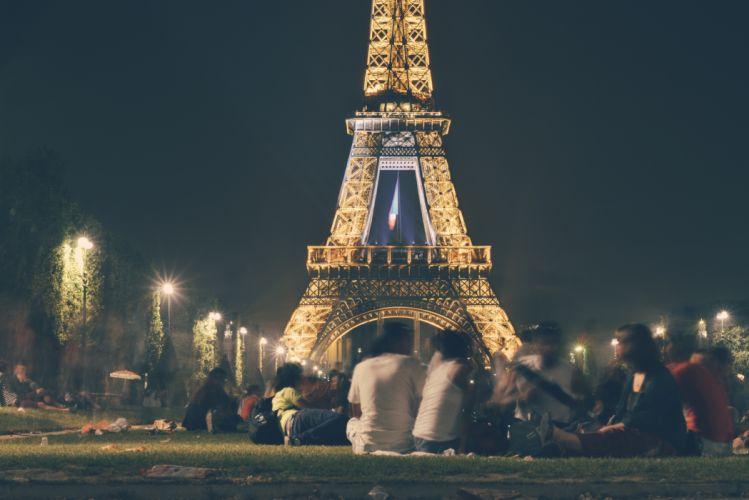 eiffel tower france landmark lights night paris people picnic wallpaper