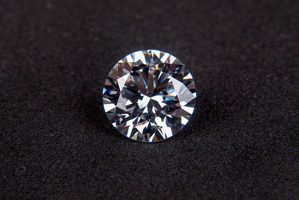 brilliant carat crystal diamond engagement expensive faceted gem gemstone gift jewel luxury macro precious round sparkle wallpaper