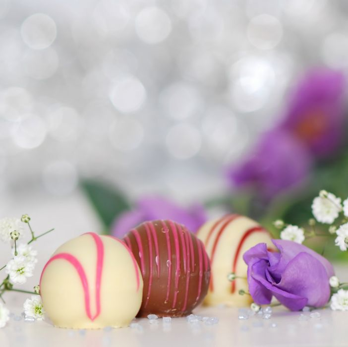 chocolates dessert food sweets white chocolate wallpaper