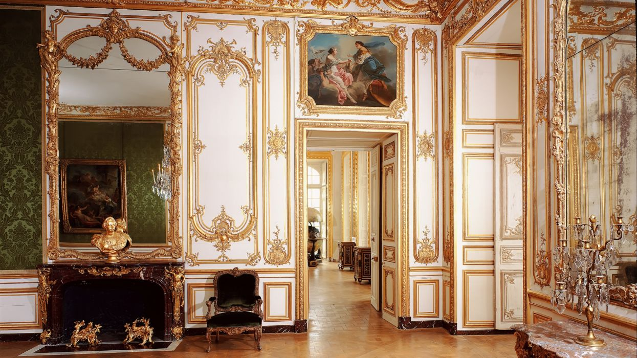 interior palacio disey wallpaper