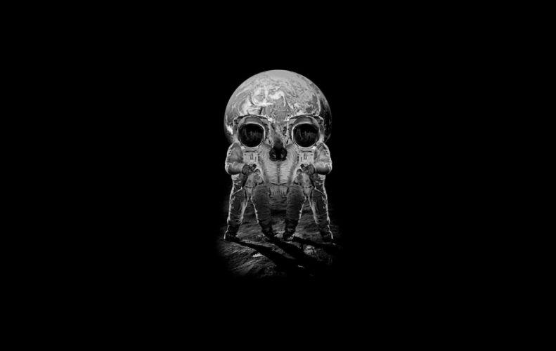 Astronaut Skull Illusion wallpaper