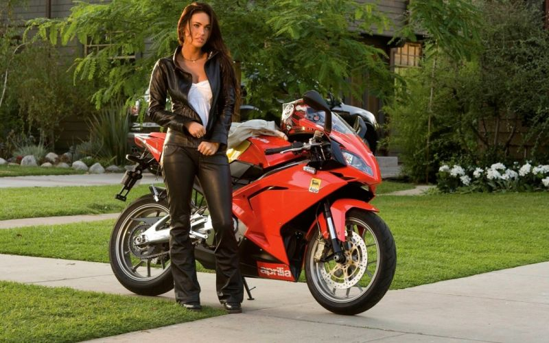 Sensuality woman-girl-sexy-sensual-brunette-Megan Fox-leather-jacket-motorcycle wallpaper