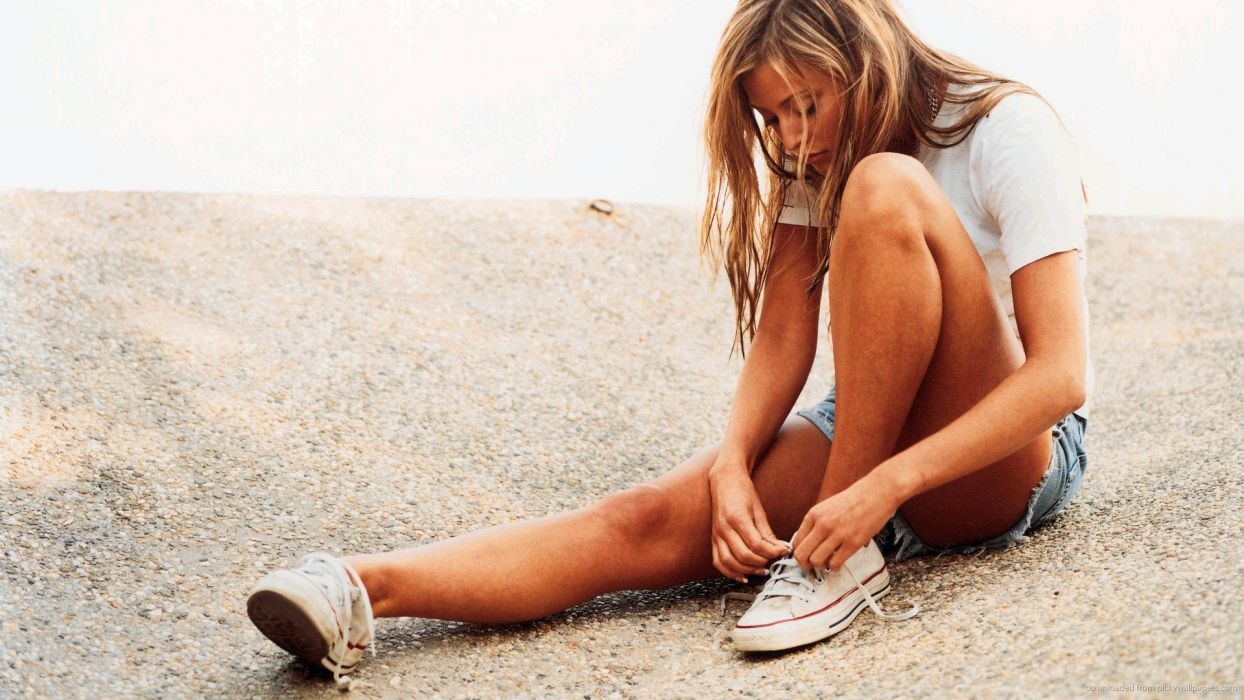 Sensuality woman-girl-sexy-sensual-denim-shorts-jeans-Holly Valance-model-sneakers-converse wallpaper