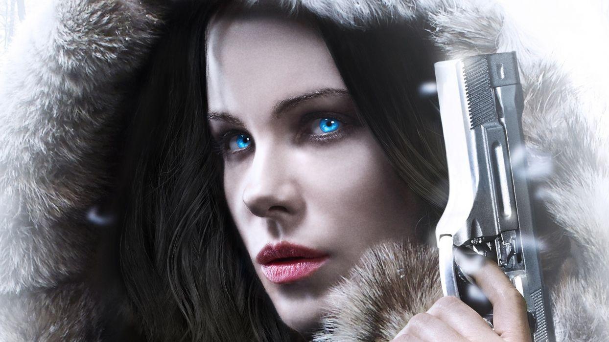 Movie Kate Beckinsale-underworld-blood-wars-Selena-face-blue-eyes-gun wallpaper
