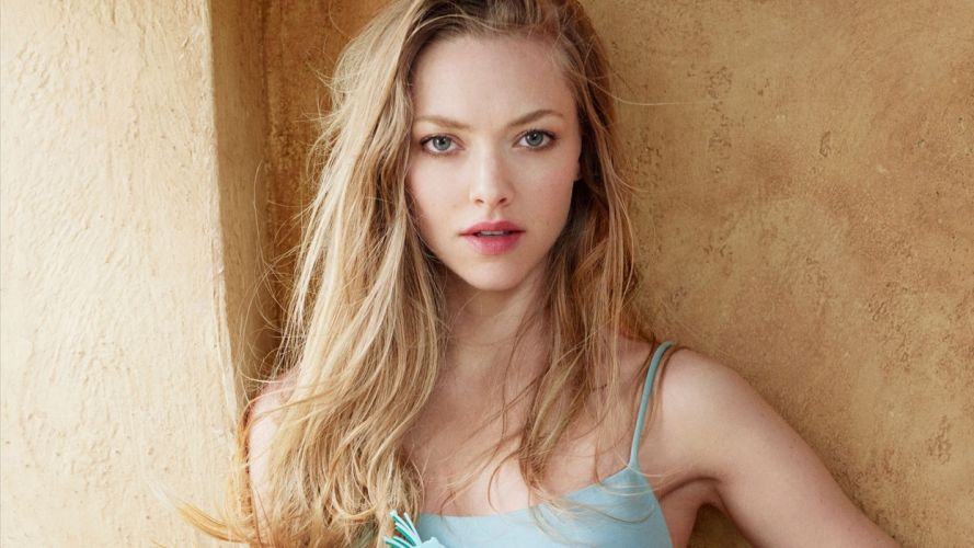 Photography sensuality-sensual-sexy-woman-girl-Amanda Seyfried-actress wallpaper