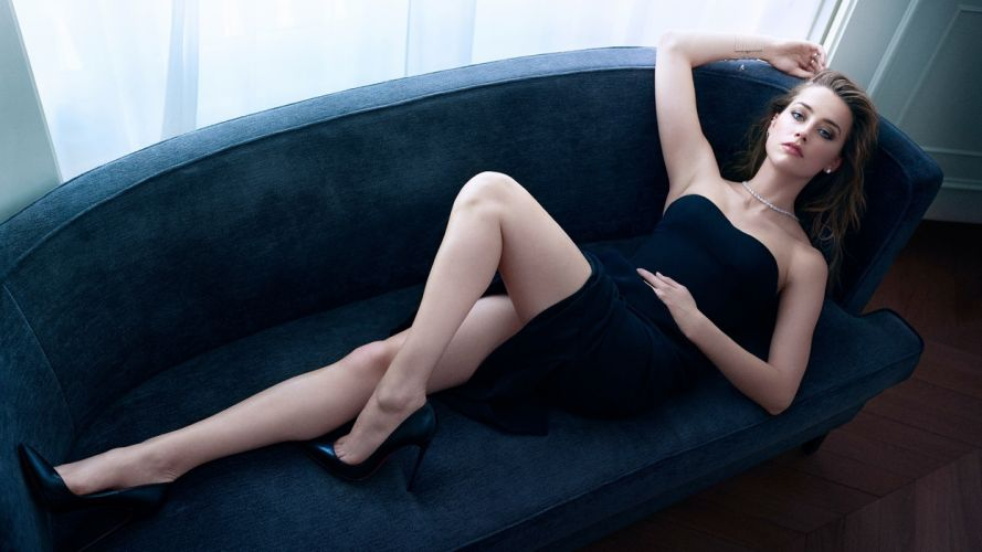 Sensuality sensual-sexy-woman-girl-Amber Heard-actress-cblonde-ouch-lying wallpaper