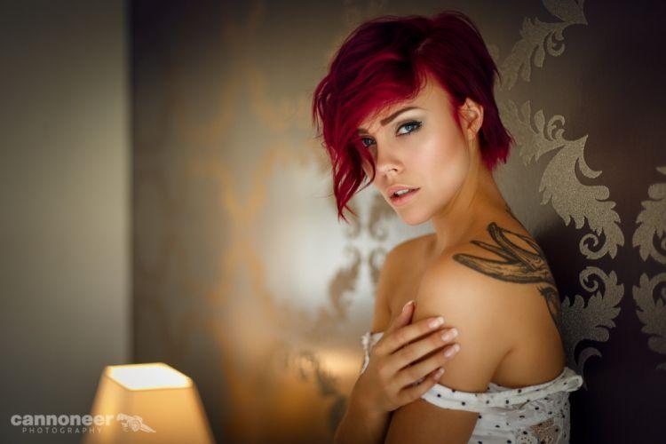 Sensuality-sensual-sexy-woman-girl-redhead-bare shoulders-tattoo-portrait-undressing-Miri Be wallpaper