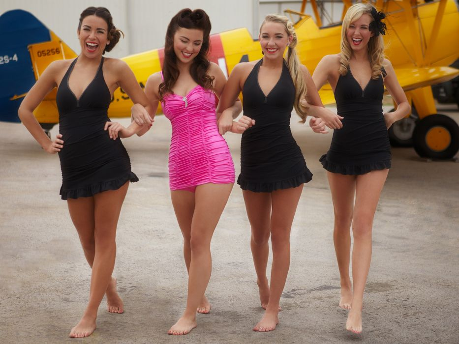 Sensuality-sensual-sexy-woman-girl-minidress-legs-barefoot-group-bliss wallpaper