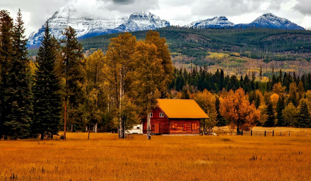 autumn barn colorado colorful cottage country countryside dawn fall farm foliage forest grass home house landscape mountain outdoors panorama picturesque scenic season snow travel wallpaper