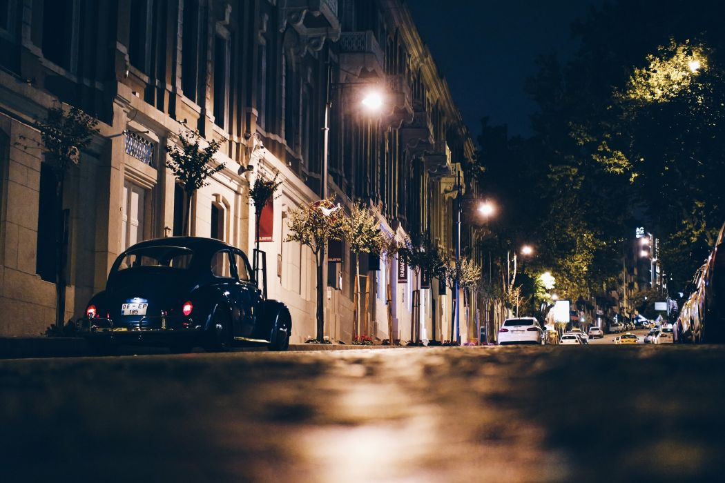 cars city city-challenge Istanbul night sidewalk street BurakKebapci wallpaper