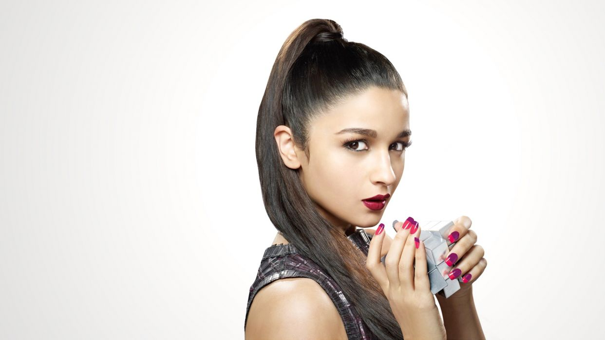 alia bhatt bollywood actress celebrity model girl beautiful brunette pretty cute beauty sexy hot pose face eyes hair lips smile figure indian wallpaper