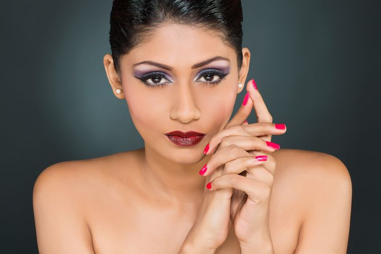 Shruti-Iyer bollywood actress celebrity model girl beautiful brunette pretty cute beauty sexy hot pose face eyes hair lips smile figure indian wallpaper