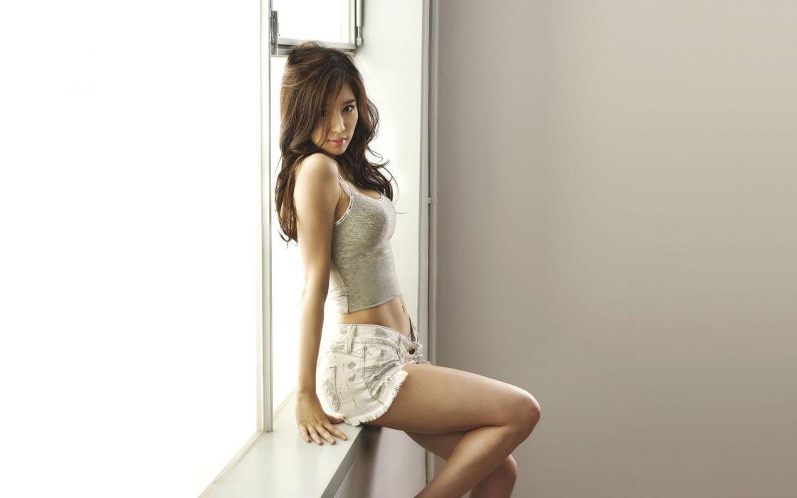 Sensuality-sensual-sexy-woman-girl-short-jeans-denim-legs-belly-tummy-window wallpaper