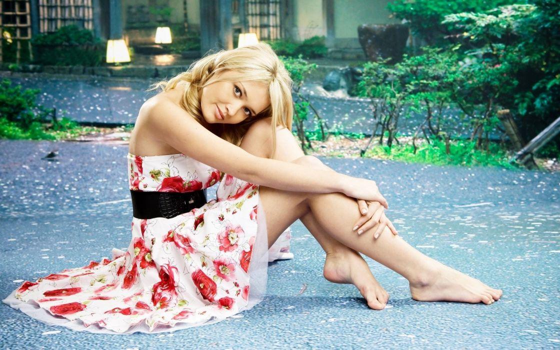 Sensuality-sensual-sexy-woman-girl-stylish-legs-dress-floral-sitting-barefoot-posing wallpaper