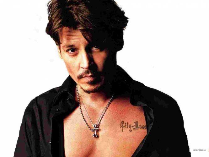 johny depp tatuaje pecho wallpaper