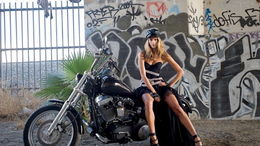 moto harley davidson mujer rubia wallpaper