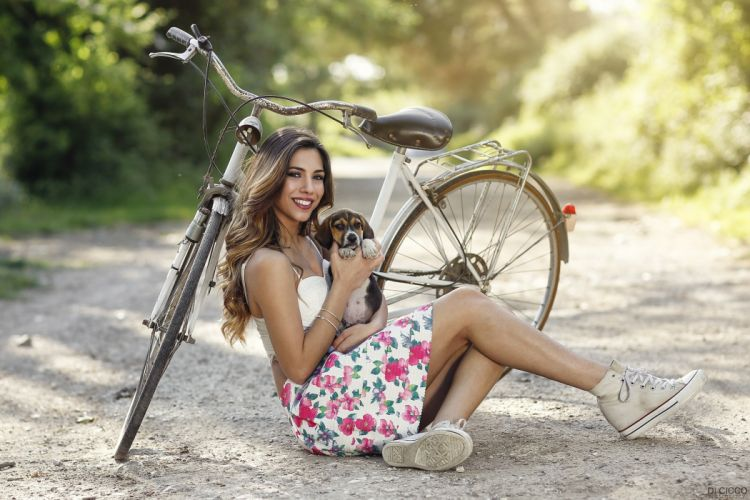 Photography-bicycle-sensuality-sensual-sexy-woman-girl-Alessandro Di Ciccoau-legs-puppies-makeup-smiling-sitting wallpaper