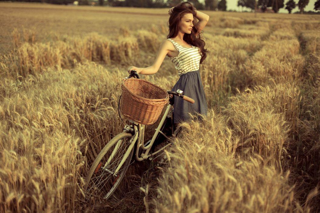 Photography-bicycle-sensuality-sensual-sexy-woman-girl-Eliza Michalczyk-model-nature-tank top-field wallpaper
