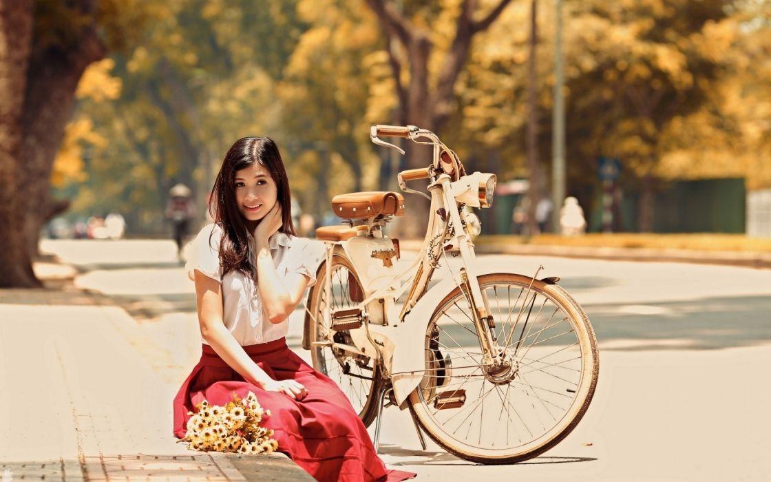 Photography-bicycle-sensuality-sensual-sexy-woman-girl-model-asian-urban wallpaper